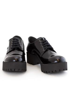 Ботинки Elena. Цвет: черный
