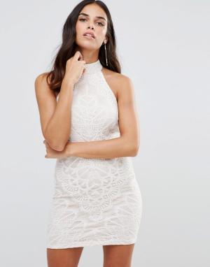 Girl In Mind Кружевное платье с высокой горловиной. Цвет: белый