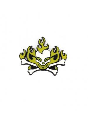 Наклейка 3D Череп огненный желтый WIIIX. Цвет: белый, желтый