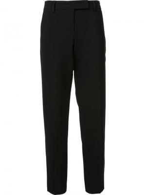 Укороченные брюки кроя слим Trina Turk. Цвет: чёрный