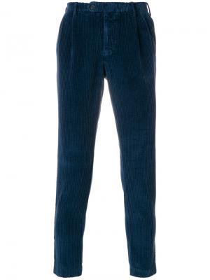 Вельветовые брюки кроя слим Berwich. Цвет: синий
