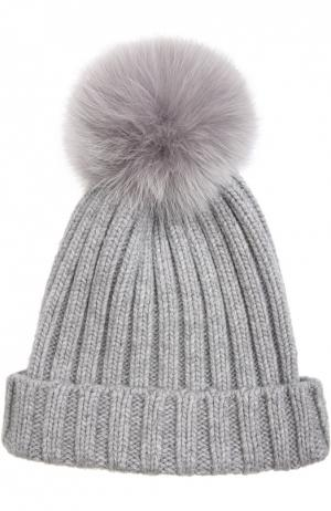 Вязаная шапка с меховым помпоном Nima. Цвет: светло-серый