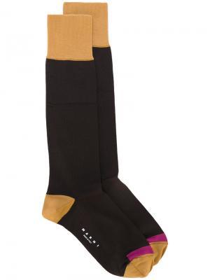 Носки дизайна колор-блок Marni. Цвет: коричневый