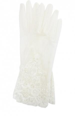 Кружевные перчатки с вышивкой пайетками Sermoneta Gloves. Цвет: белый