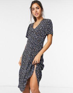 Черное платье с запахом и принтом Lassy-Черный цвет Just Female