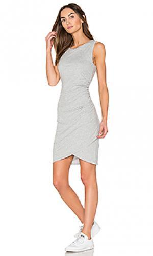 Облегающее платье из джерси с рюшами supreme Bobi. Цвет: серый