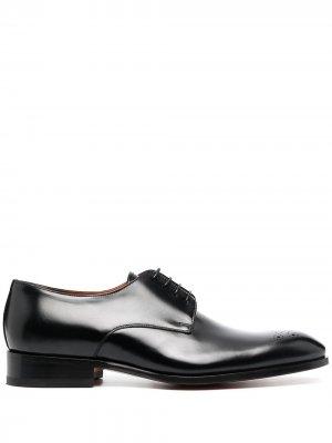 Туфли оксфорды Santoni. Цвет: черный