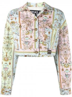 Укороченная джинсовая куртка с узором Versace Jeans Couture. Цвет: синий