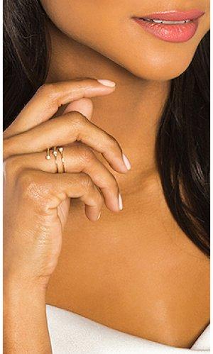 Кольцо 3 diamond Sachi. Цвет: металлический золотой