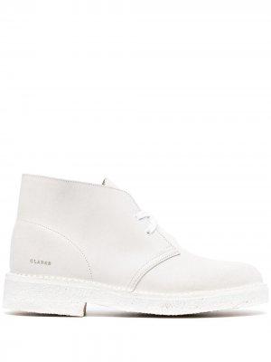 Туфли на шнуровке Clarks Originals. Цвет: белый