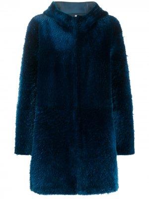 Шуба из овчины с капюшоном Liska. Цвет: синий