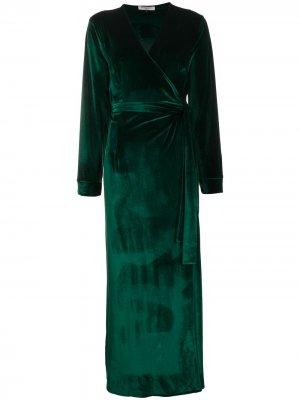 Длинный халат Gilda & Pearl. Цвет: зеленый