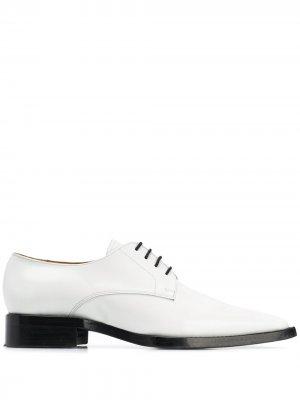 Туфли дерби AMI. Цвет: белый