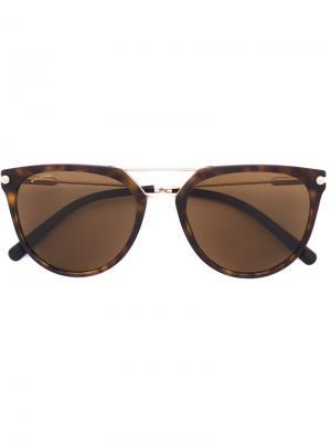 Солнцезащитные очки с оправой кошачий глаз Bulgari. Цвет: коричневый