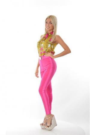Брюки Versace Jeans. Цвет: розовый