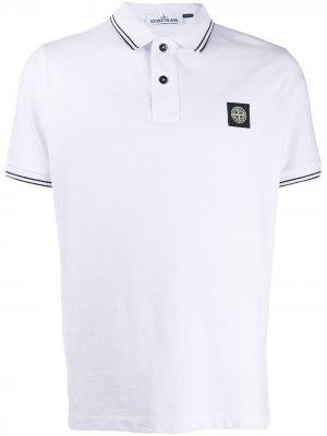 Рубашка-поло с нашивкой-логотипом Stone Island. Цвет: белый
