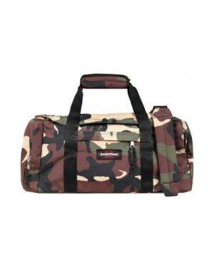 Дорожная сумка EASTPAK. Цвет: зеленый-милитари