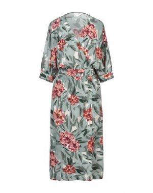 Платье длиной 3/4 DES PETITS HAUTS. Цвет: светло-зеленый