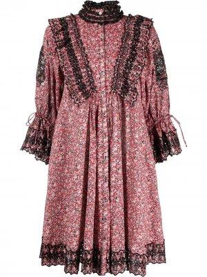 Платье-рубашка с оборками и цветочным принтом byTiMo. Цвет: розовый