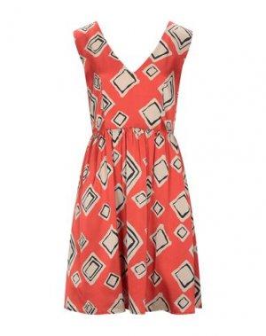 Короткое платье I AM. Цвет: оранжевый