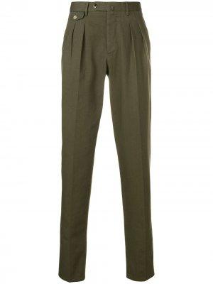 Классические брюки кроя слим Pt01. Цвет: зеленый