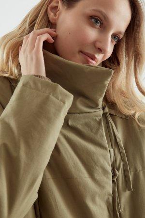Куртка утепленная ЧЕРЕШНЯ. Цвет: оливковый