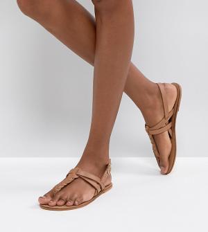 Кожаные сандалии на плоской подошве ASOS FEELS DESIGN. Цвет: рыжий