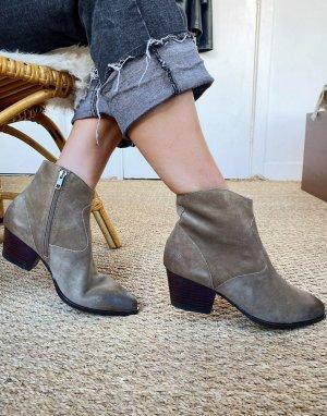 Серо-коричневые ботильоны на среднем каблуке Heidi-Бежевый Ash