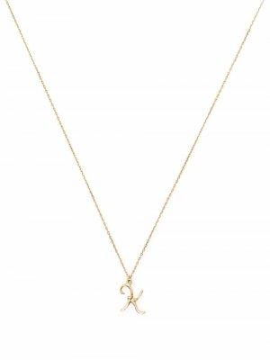 Колье Enchanted Twig Alphabet K из желтого золота Alex Monroe. Цвет: золотистый