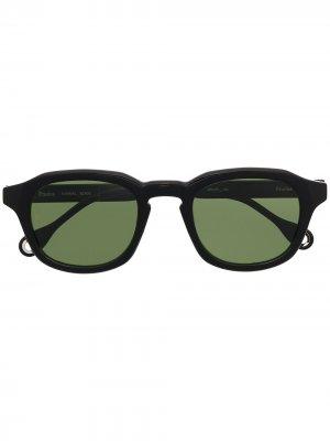 Солнцезащитные очки Minimal Etudes. Цвет: черный