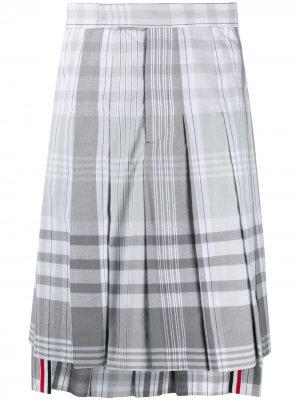 Плиссированная юбка в клетку Madras Thom Browne. Цвет: серый