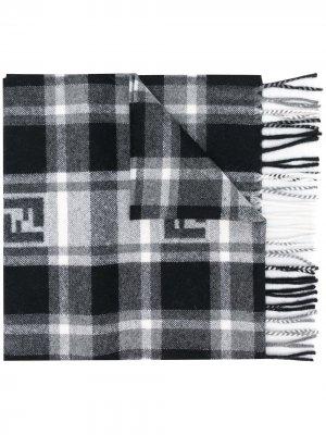 Клетчатый шарф с логотипом FF Fendi. Цвет: черный