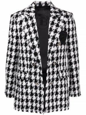 Твидовый пиджак в ломаную клетку Balmain. Цвет: черный