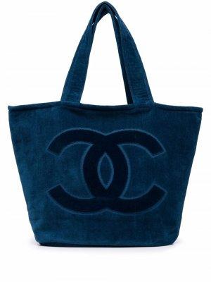 Пляжная сумка и покрывало 2020-х годов с логотипом CC Chanel Pre-Owned. Цвет: синий