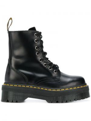Ботинки на платформе Dr. Martens. Цвет: черный