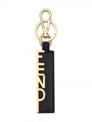 Брелок с логотипом Fendi. Цвет: черный