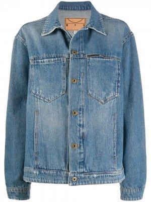 Джинсовая куртка с эффектом потертости McQ Swallow. Цвет: синий