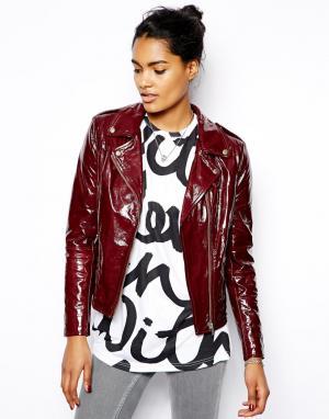Лакированная кожаная байкерская куртка Carmona Muubaa. Цвет: насыщенный красный
