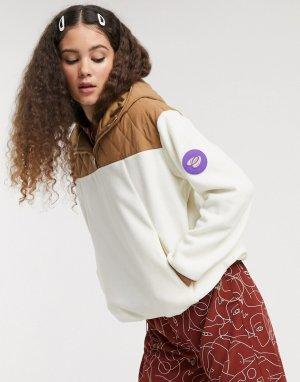 Бежевая флисовая куртка со стеганой вставкой -Бежевый Monki