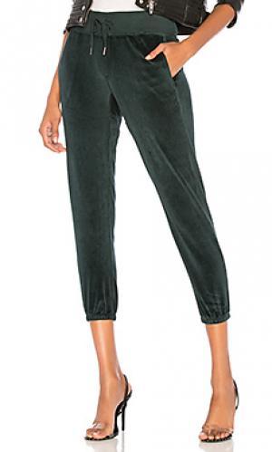 Спортивные брюки sayde NSF. Цвет: темно-зеленый