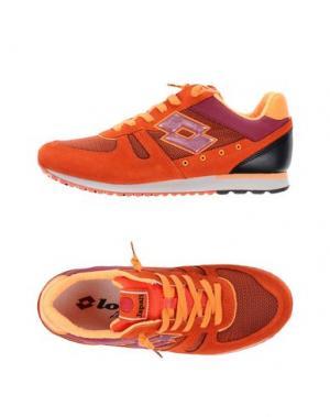 Низкие кеды и кроссовки LOTTO LEGGENDA. Цвет: оранжевый
