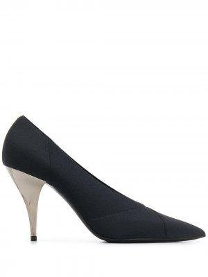 Туфли-лодочки с нашивками Casadei. Цвет: черный
