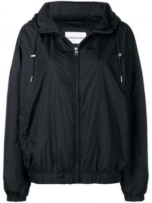 Ветровка с капюшоном Calvin Klein Jeans. Цвет: черный