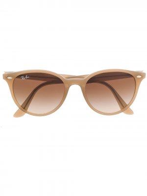 Солнцезащитные очки в круглой оправе Ray-Ban. Цвет: коричневый