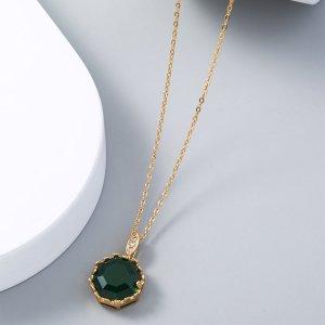 Ожерелье с цирконом SHEIN. Цвет: золотистый