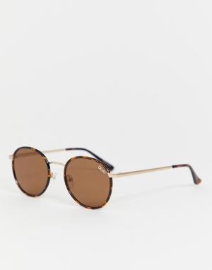 Круглые солнцезащитные очки в черепаховой оправе Omen-Коричневый Quay Australia