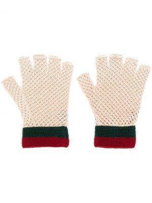 Трикотажные перчатки-митенки Gucci. Цвет: нейтральные цвета