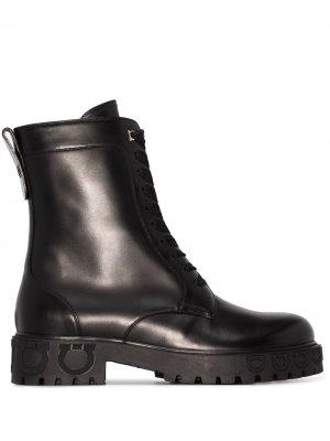 Ботинки с тиснением Gancini Salvatore Ferragamo. Цвет: черный