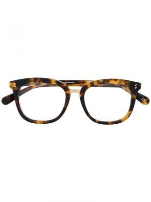 Очки в черепаховой оправе Stella McCartney. Цвет: коричневый