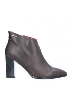Полусапоги и высокие ботинки GAI MATTIOLO. Цвет: какао